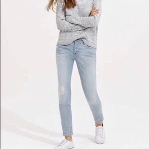 Lou & Grey Light Wash Slouchy Skinny Ripped Jeans